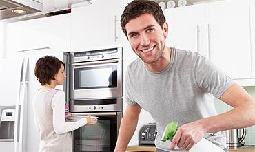 Pulizie cucine e superfici metalliche